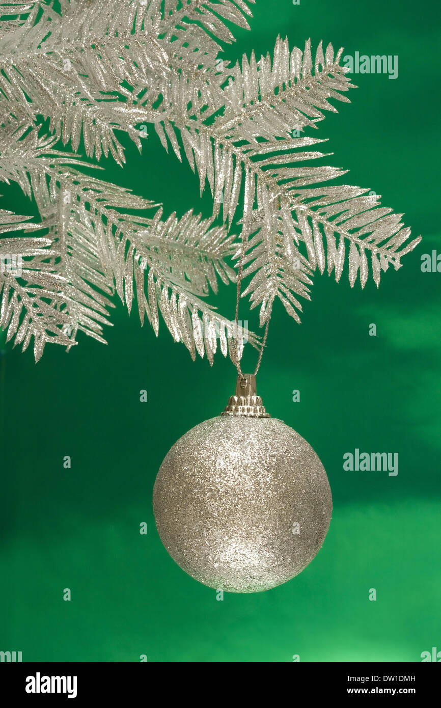 Green And Silver Christmas Background Stock Photos & Green And ...