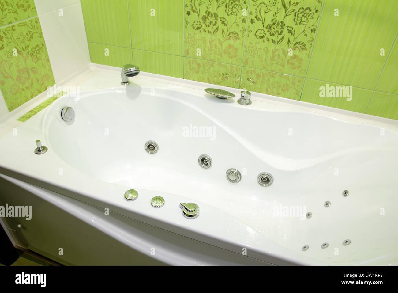 Fine Acrylic Bath With Grips Sketch Custom Bathtubs
