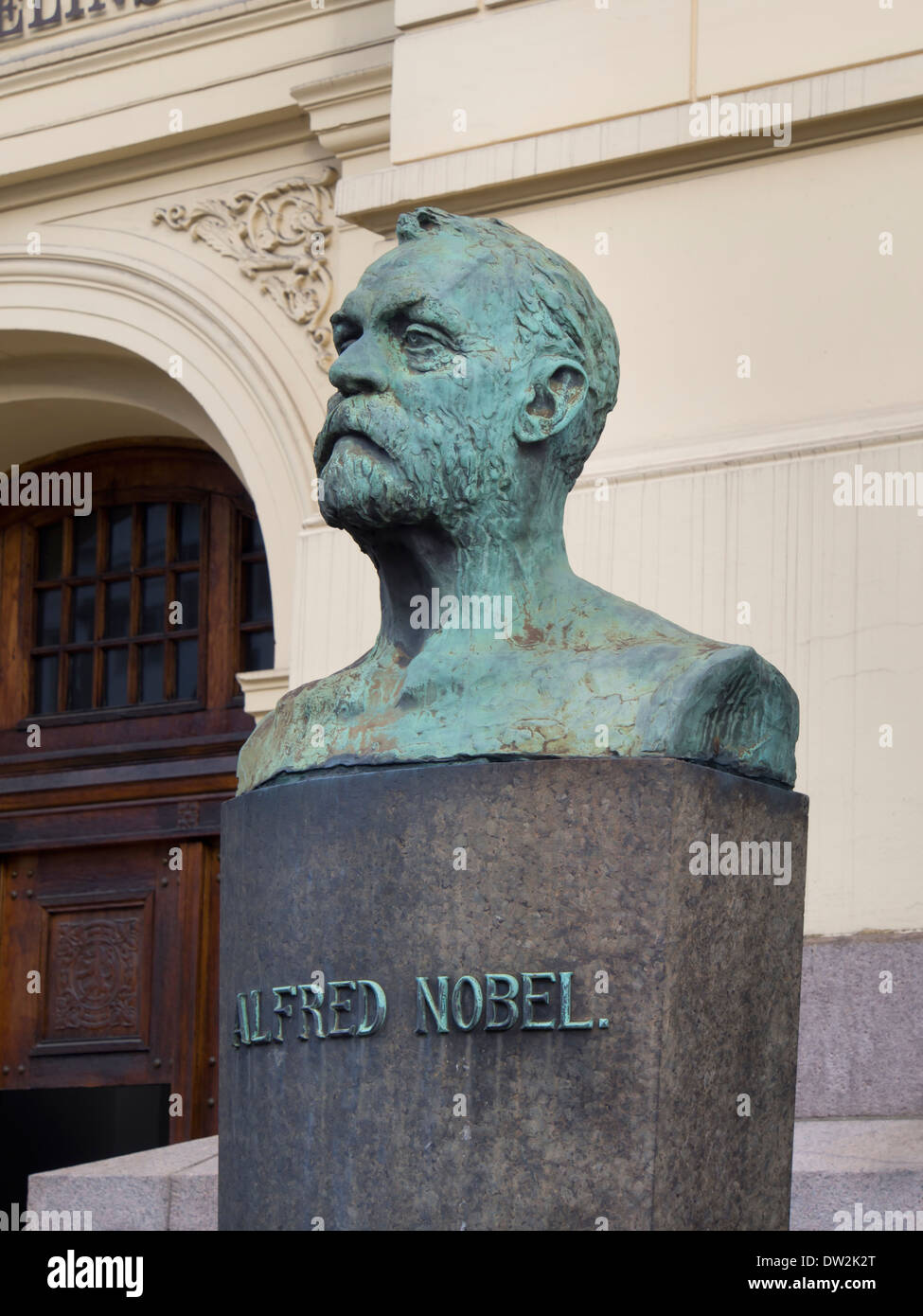 Bust of Alfred Nobel outside the Norwegian Nobel Institute, who decides on the Peace prize every year in Oslo Norway - Stock Image
