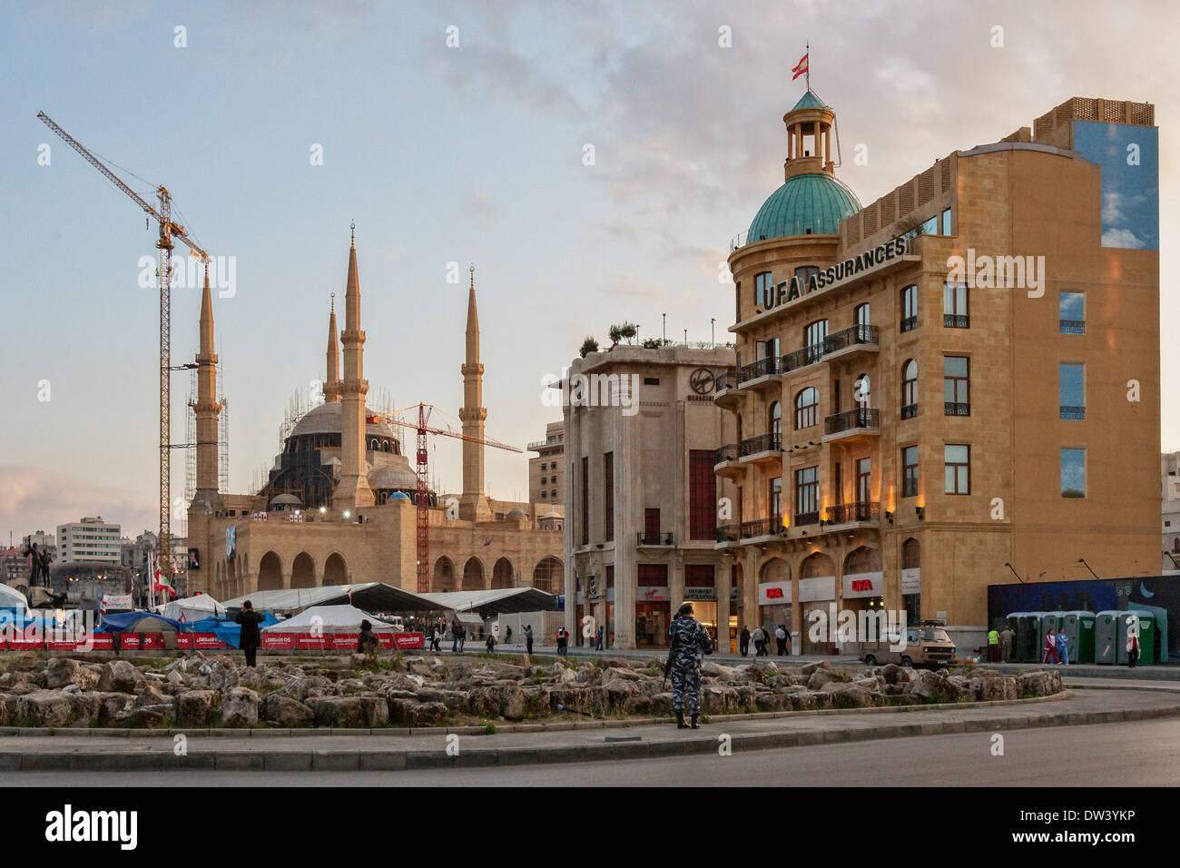 Martyrs' Square in Beirut, Lebanon, with tents of the Cedar Revolution in front of the Mohammad Al-Amin Mosque. Stock Photo