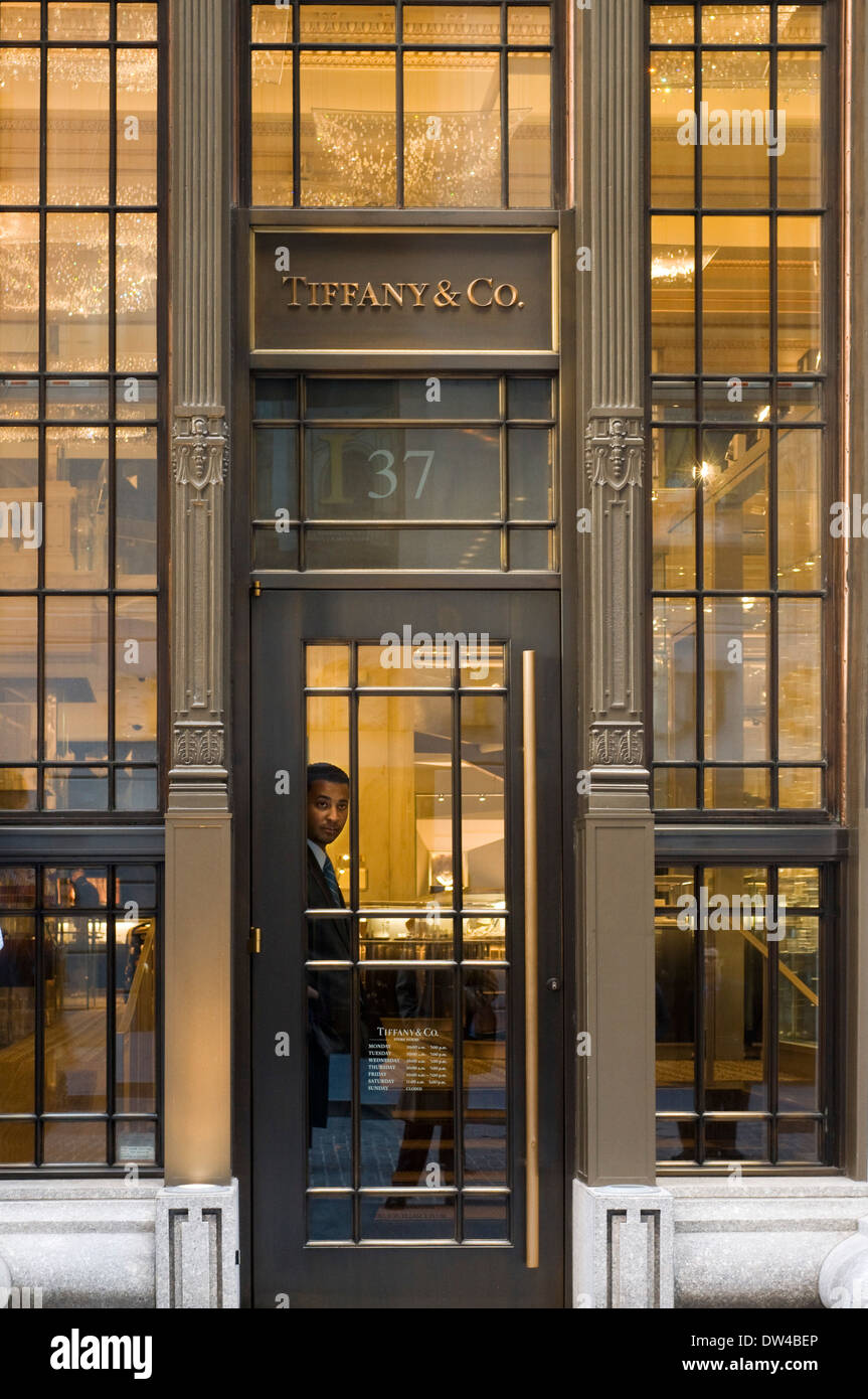 USA New York City Tiffany And Company Building Shopping On Fifth Avenue.  Tiffany U0026 Co. Is Located Just Meters From The Exchange