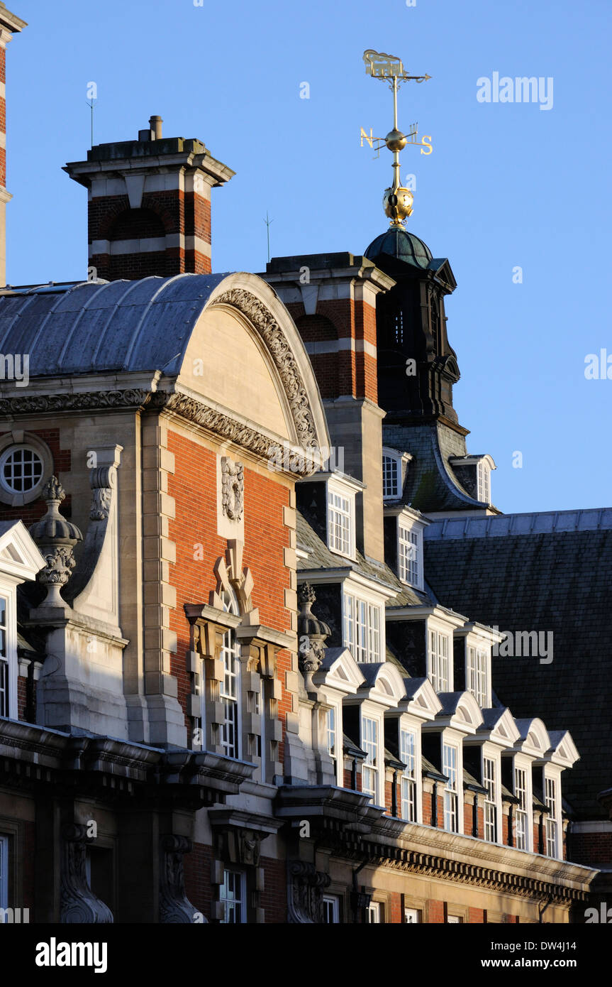 The top of the Cedar Court Grand Hotel (formerly the HQ of the British Railways Eastern Region), York - Stock Image