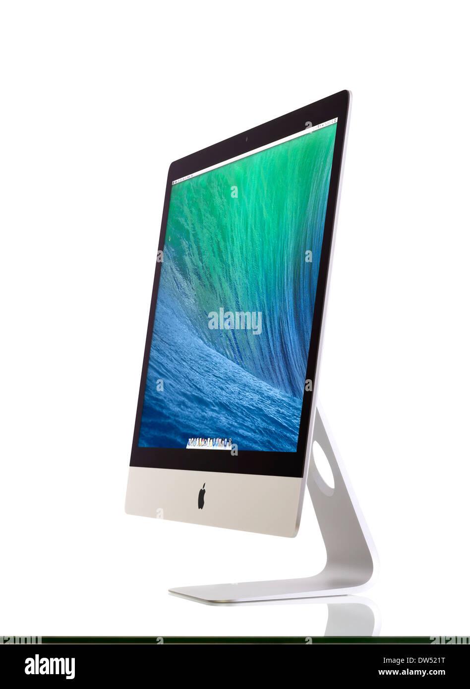New iMac 27 With OS X Mavericks - Stock Image