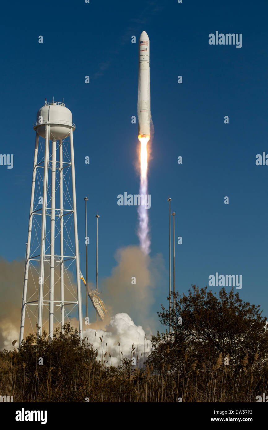 Orbital-1 Mission Antares Launch - Stock Image