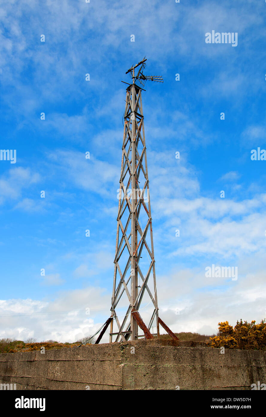 A signal receiver mast at the Porthcurno Telegraph museum, Cornwall, uk - Stock Image