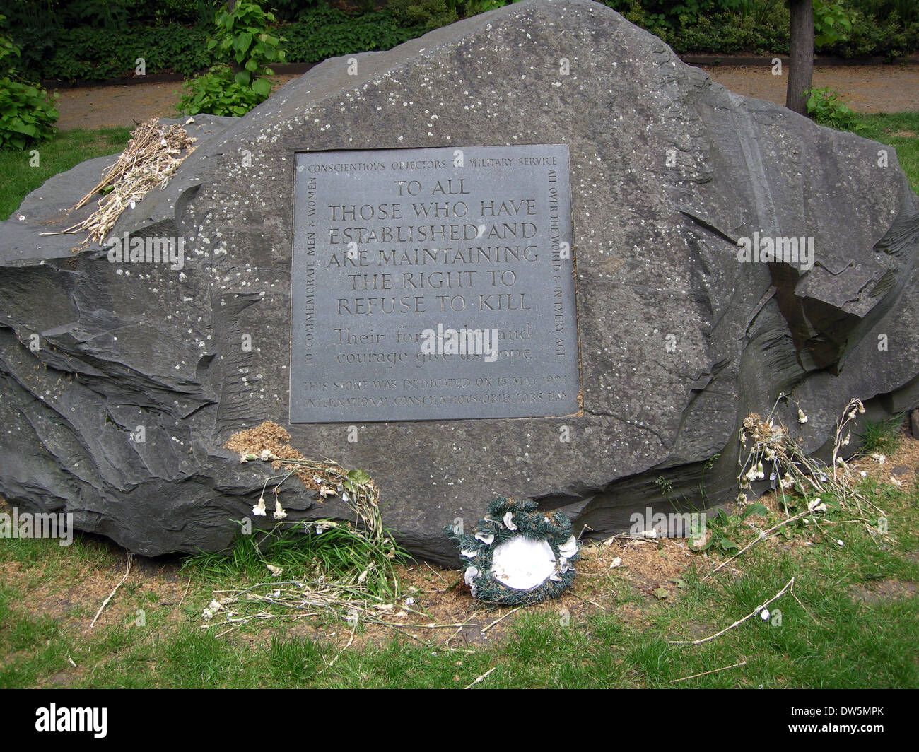Conscientious objectors stone, Tavistock Square, London, England, UK. - Stock Image