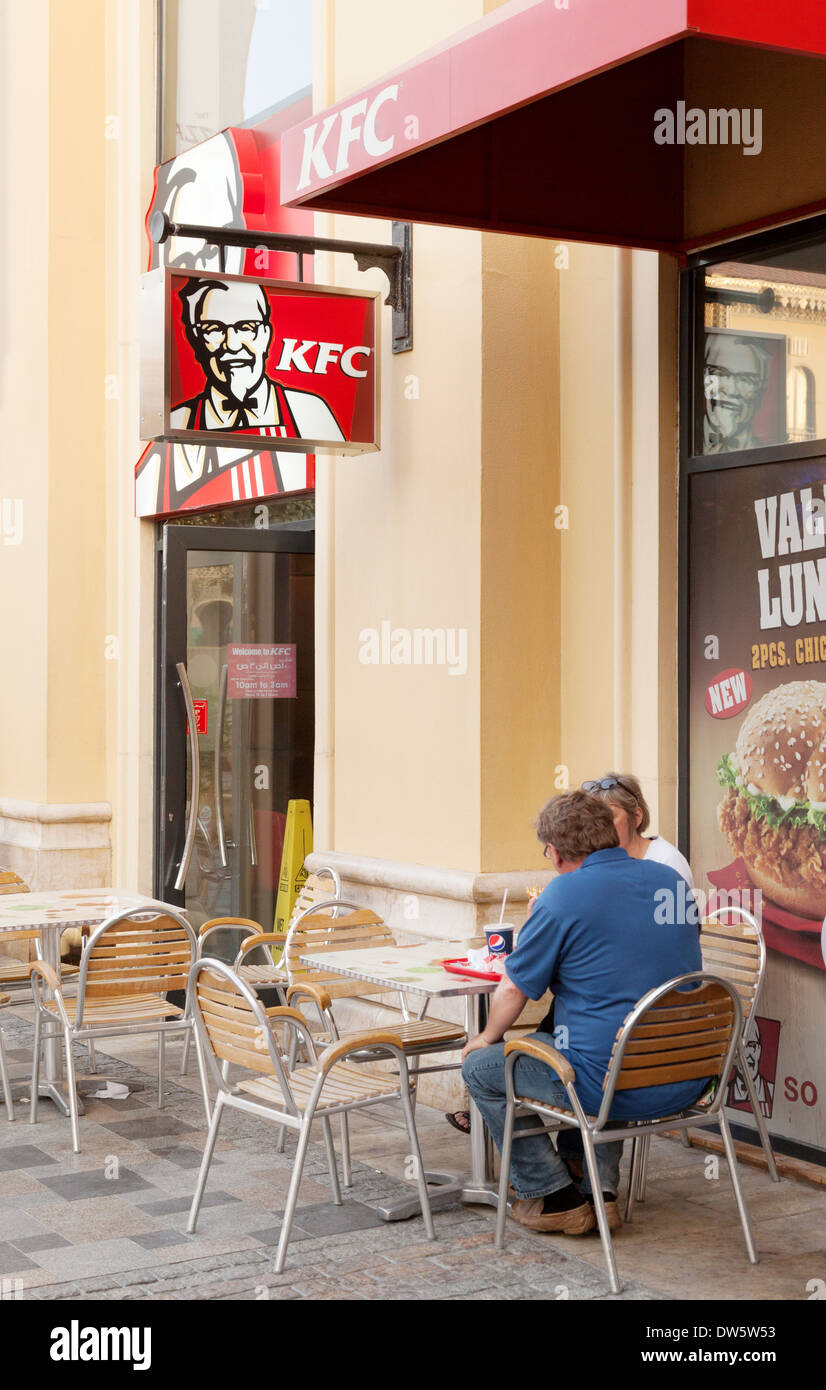 Kentucky Fried Chicken (KFC) fast food cafe, The Walk, Jumeirah, Dubai, United Arab Emirates, UAE, Middle East - Stock Image