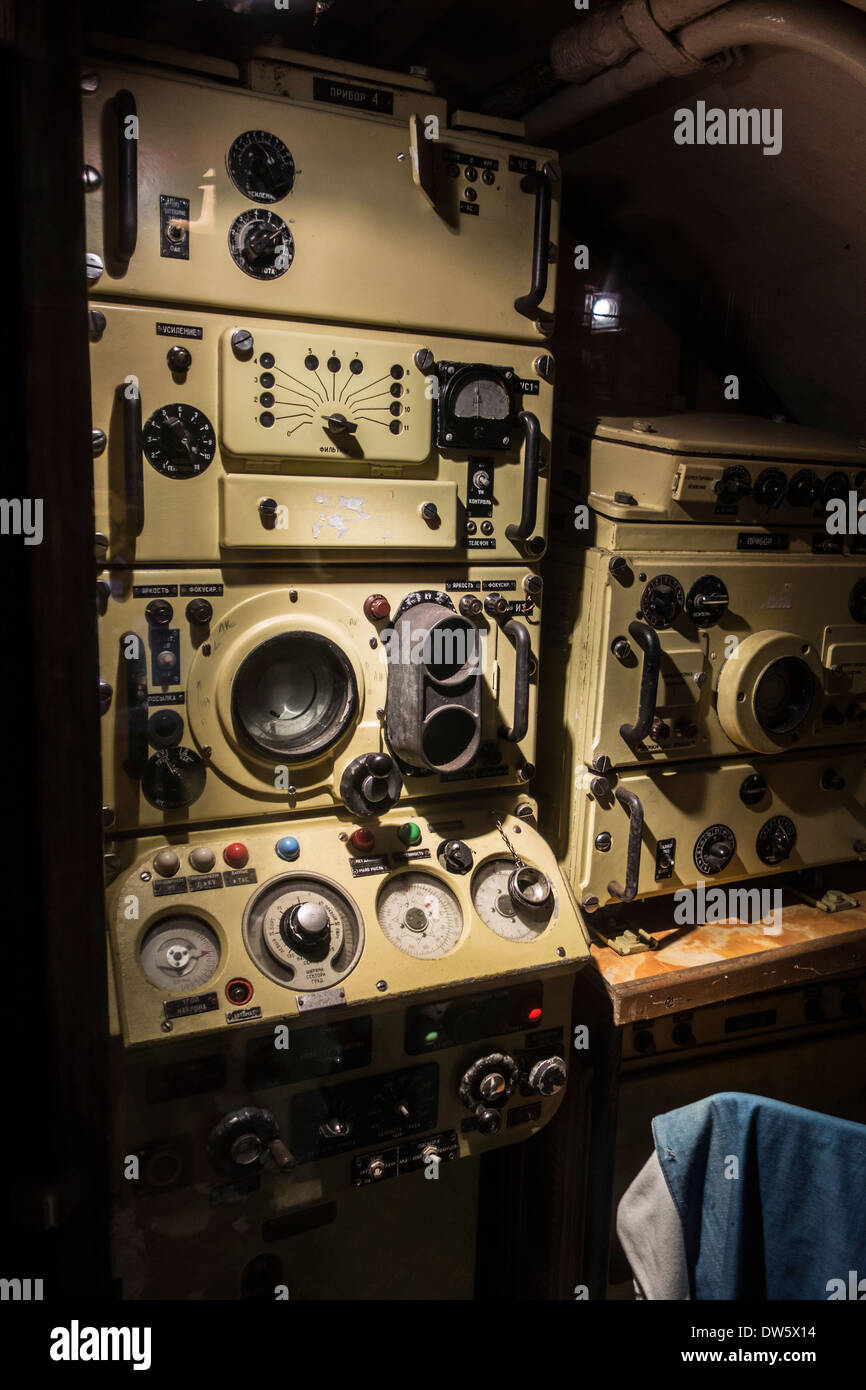 Radio equipment in communications room inside Russian submarine B-143 / U-480 Foxtrot type 641, Seafront, Zeebrugge, - Stock Image