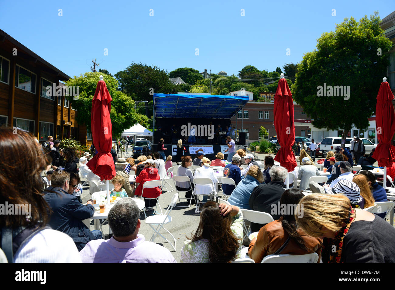 sausalito music festival band bandstand outdoors outdoor open air concert concerts memorial weekend california - Stock Image