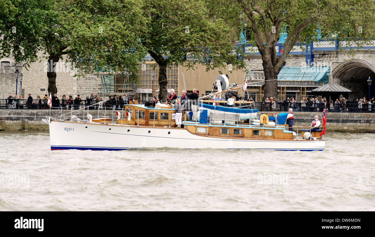 Dunkirk little ship Riis 1 Twin Screw Motor Yacht built 1920 by McGruer & Co Limited, Dumbartonshire on the Thames - Stock Image