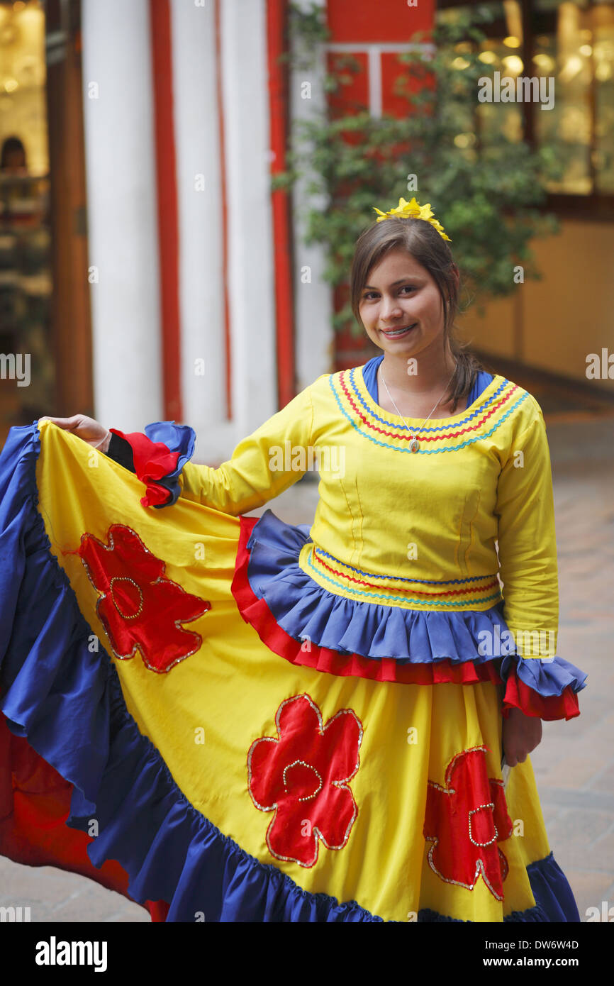 Traditional colombian clothing for women
