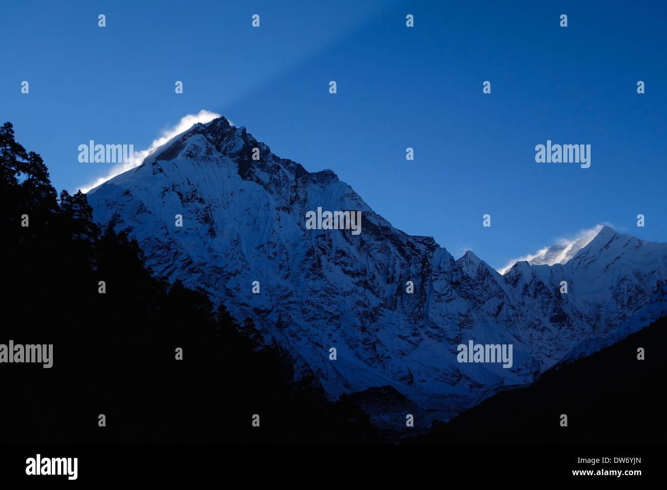 Peaks in the Ganesh Himal Range, Nepal. - Stock Image