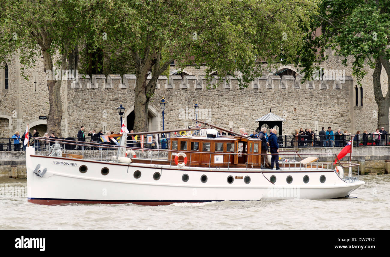 Dunkirk Little ship Sundowner was launched on 28 June 1930 is pictured off  the Tower of London during the Queens Jubilee - Stock Image