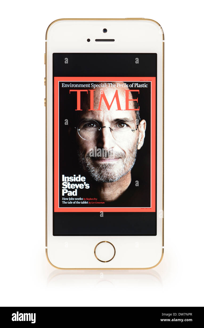 Steve Jobs on cover of Time magazine, on iPhone 5S screen, iPhone 5 S White Gold - Stock Image