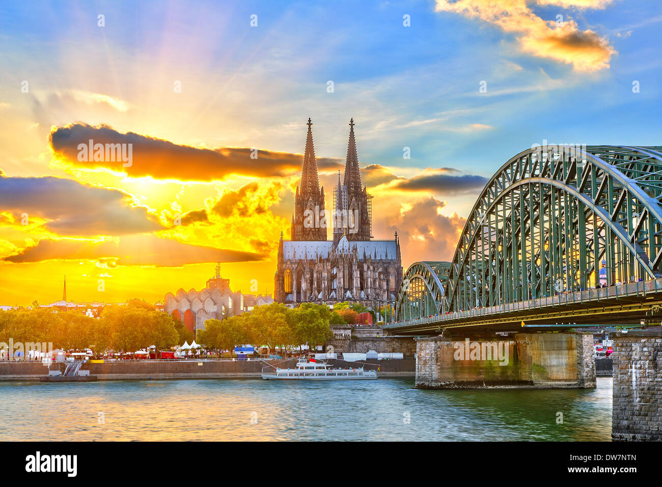 Cologne at sunset - Stock Image