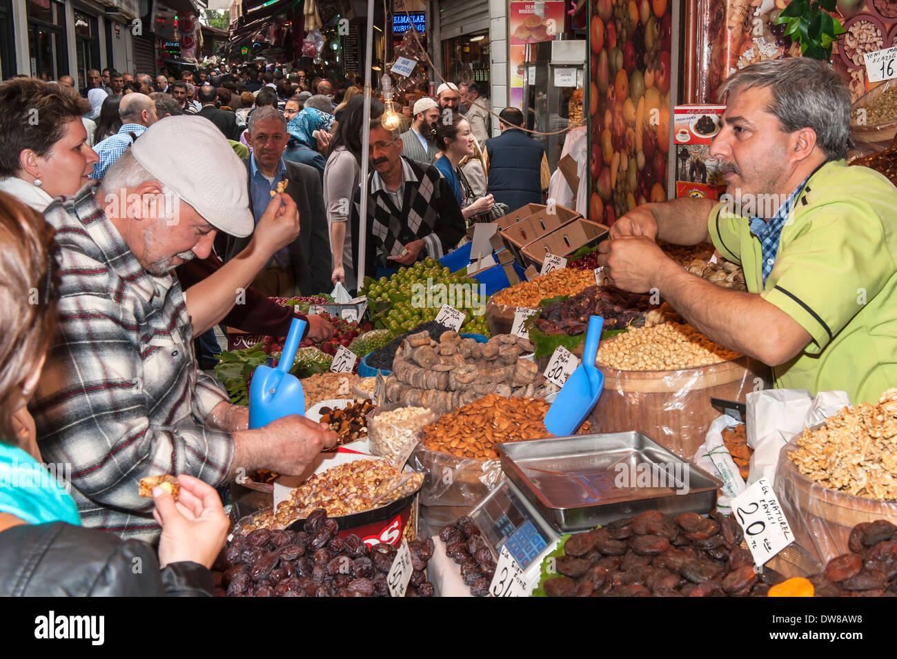 Egyptian bazaar, Istanbul, Turkey - Stock Image