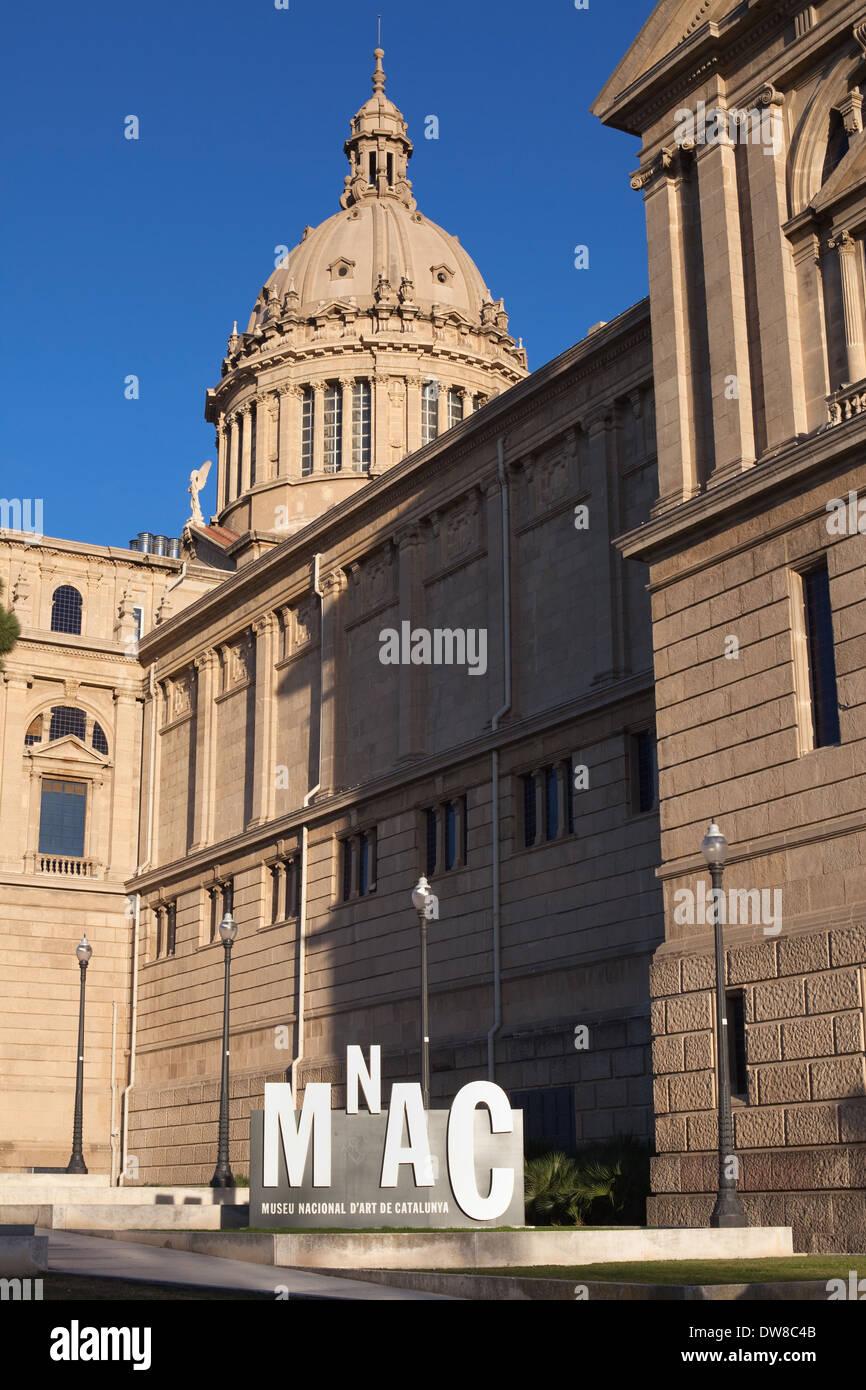 Palau Nacional, home of the Museu Nacional d'Art de Catalunya (MNAC) in Barcelona. - Stock Image