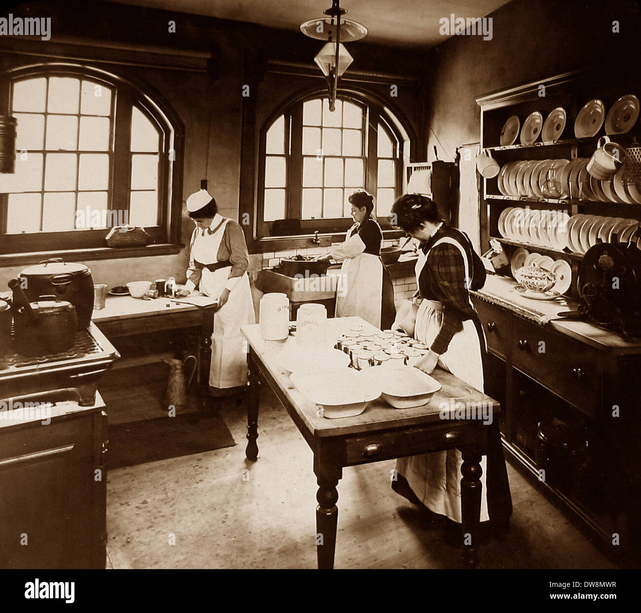 1920/30s School kitchen - Stock Image