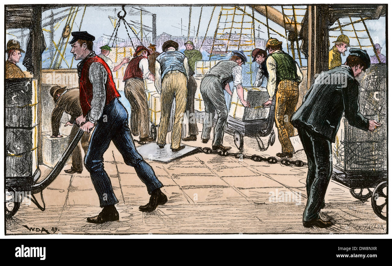 Dockers unloading a cargo of tea, London, 1880s. Hand-colored woodcut - Stock Image