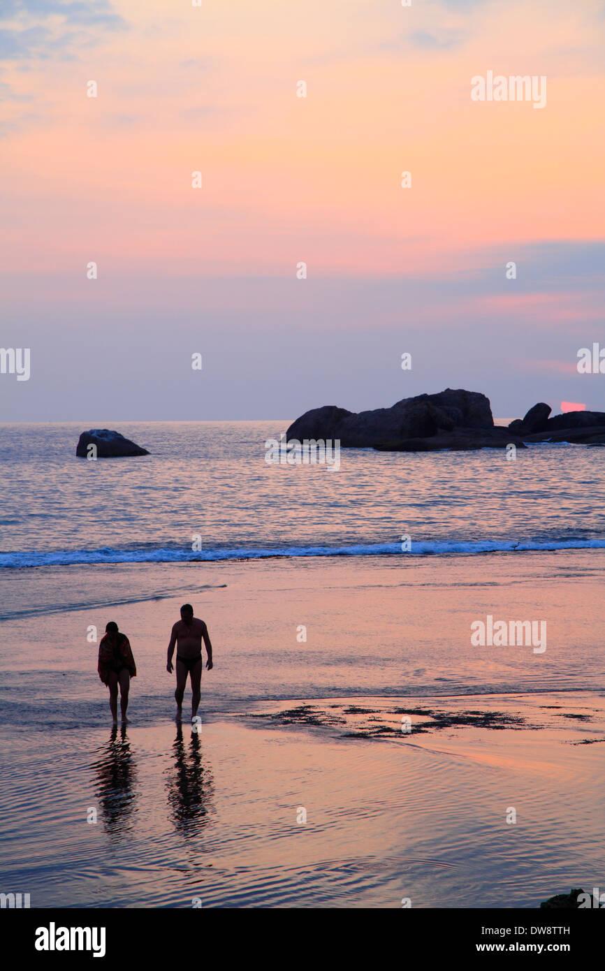 Around Hikkaduwa: Sri Lanka Hikkaduwa Beach Stock Photos & Sri Lanka