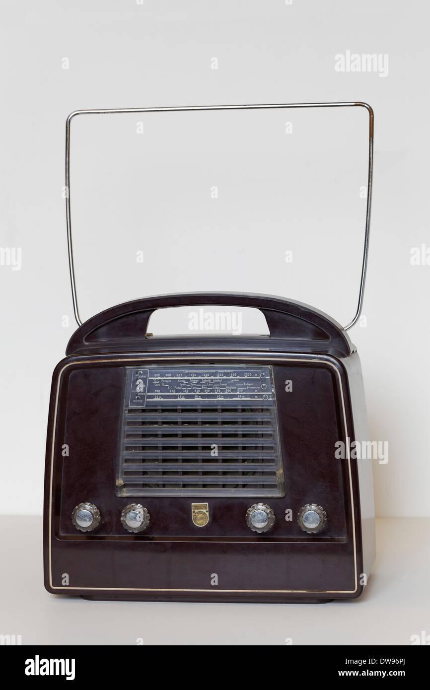 Philips portable radio, model LX434AB41, made of Bakelite, Radio Museum Duisburg, North Rhine-Westphalia, Germany - Stock Image