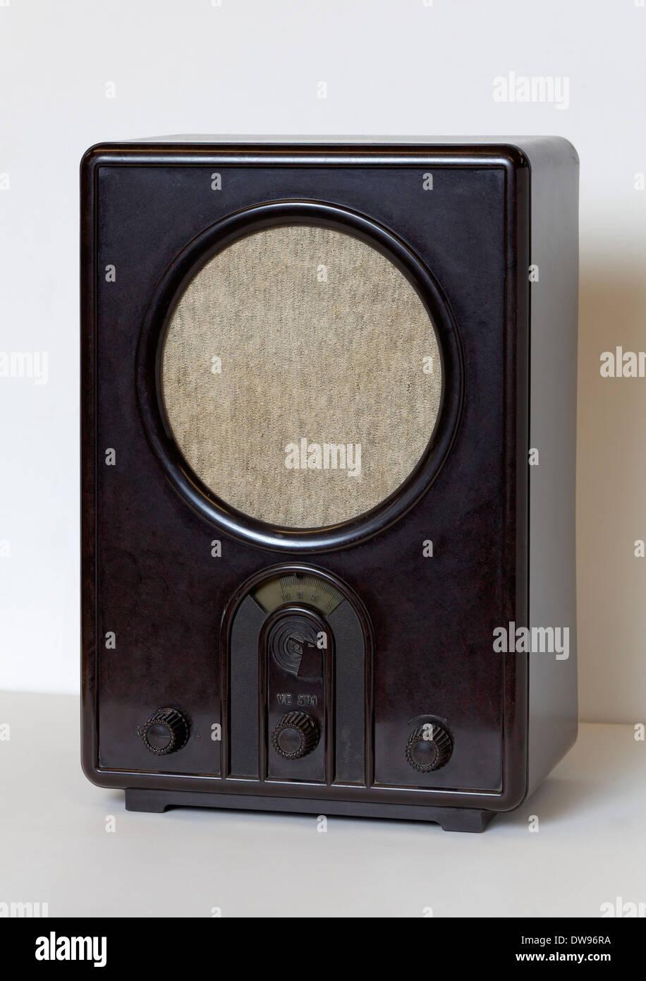 Volksempfänger VE 301 W, radio receiver from the Nazi era, built in 1933, Radio Museum Duisburg, North Rhine-Westphalia Stock Photo