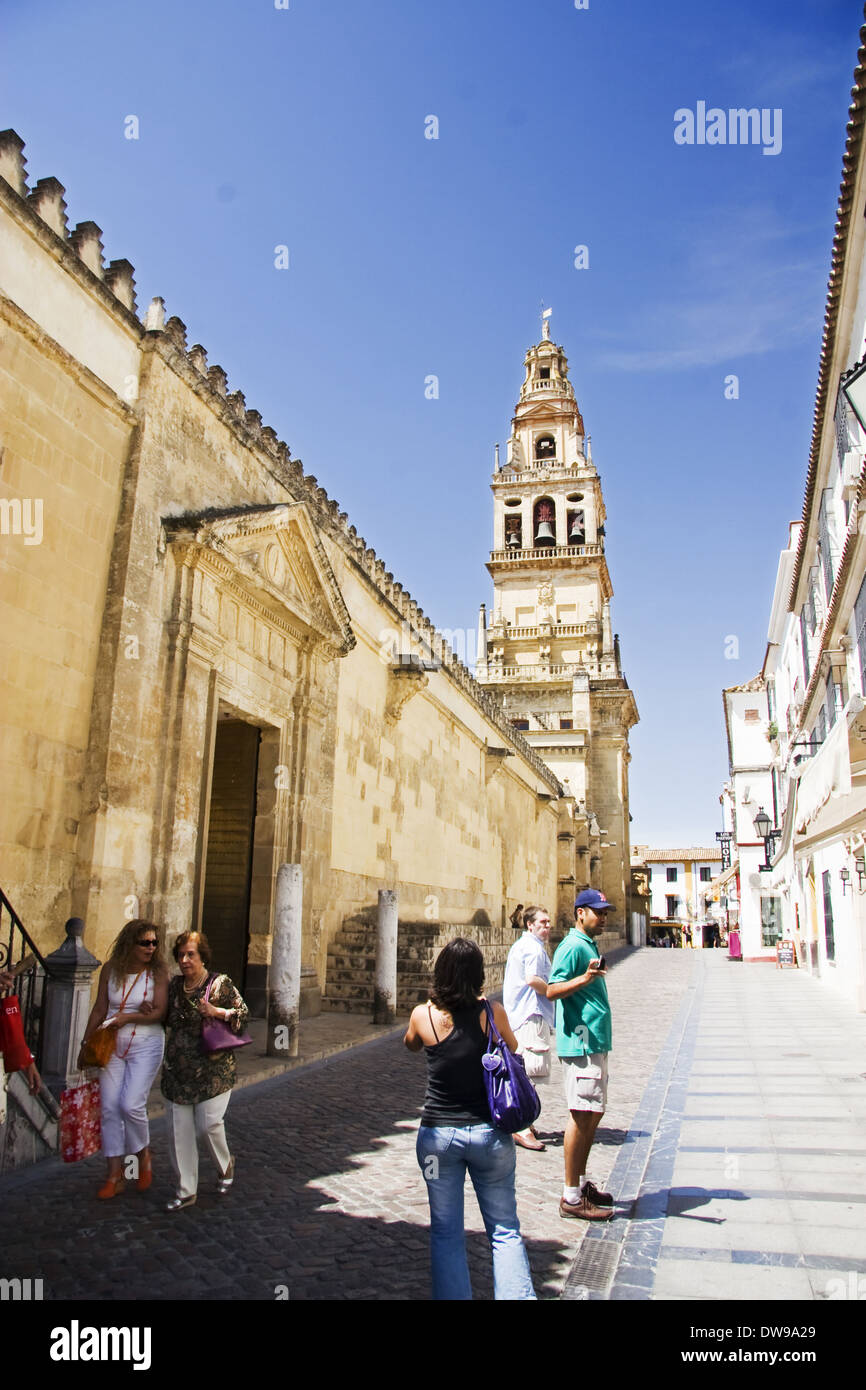 Cardenal Herrero street and Alminar towe in Great Mosque, Cordoba - Stock Image