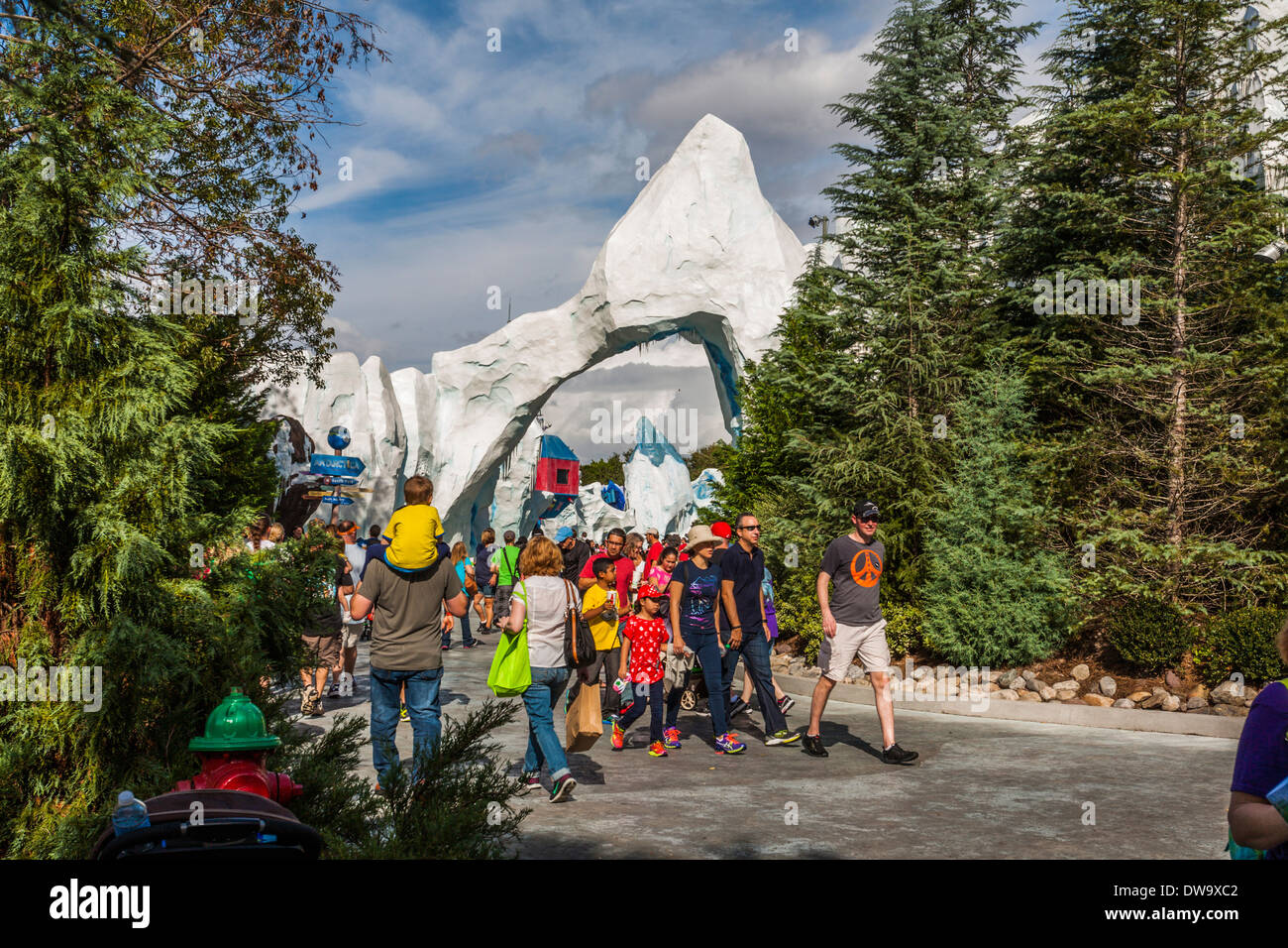 Park guests near entrance to Antarctica exhibit at SeaWorld, Orlando, FL - Stock Image