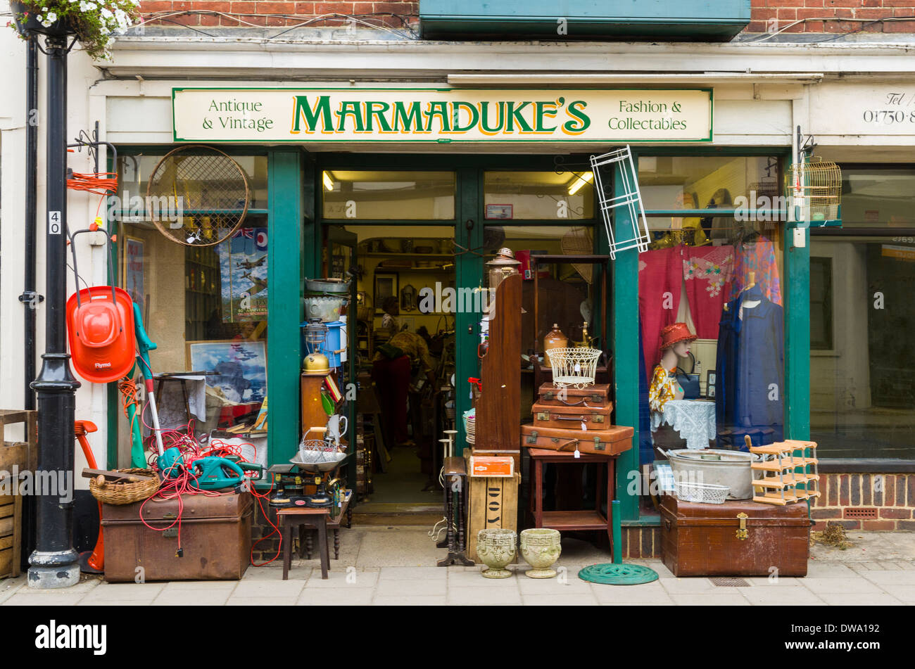 a second hand shop in the market town of midhurst west sussex stock photo 67218062 alamy. Black Bedroom Furniture Sets. Home Design Ideas