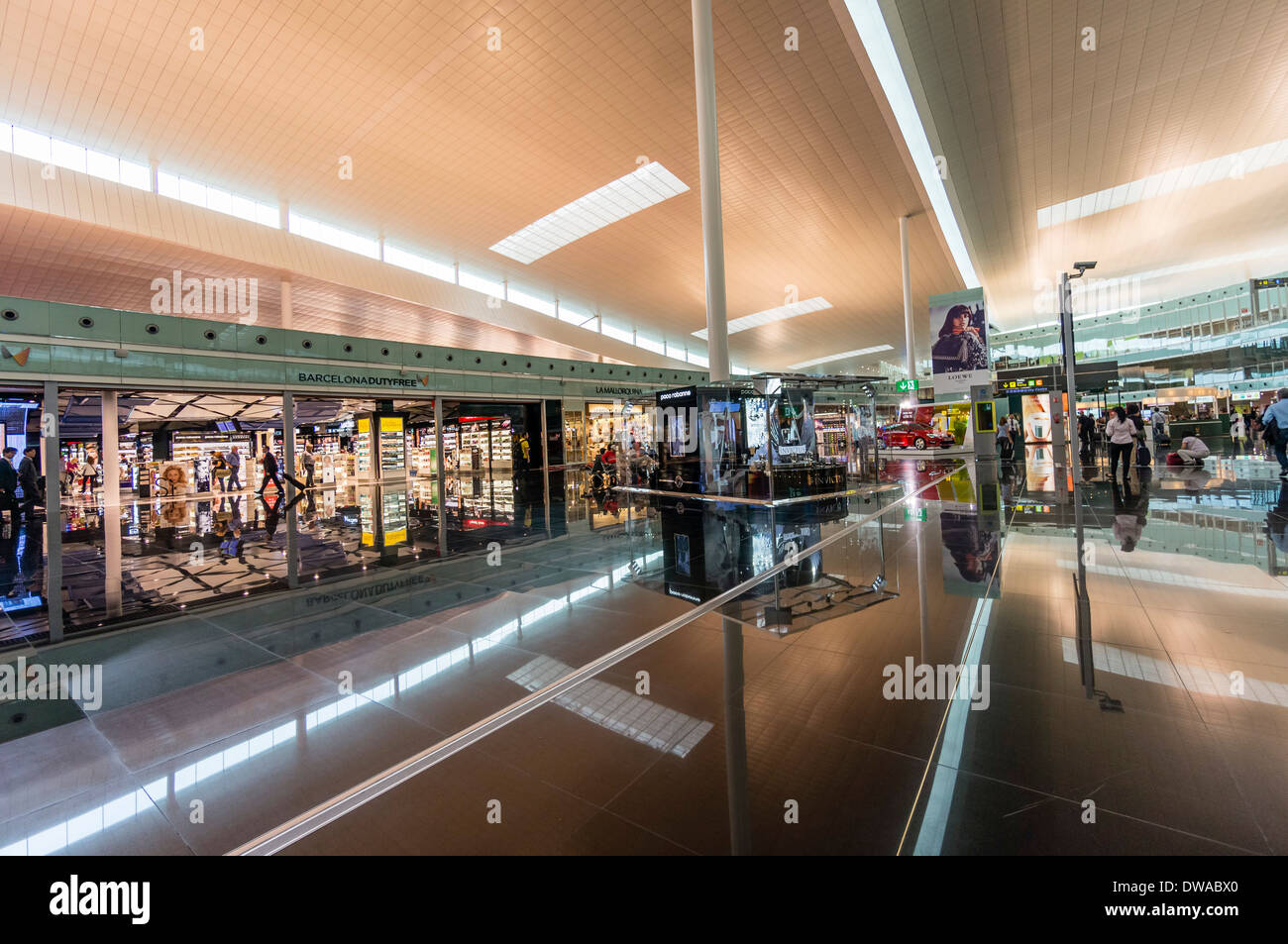 Duty free at Barcelona airport - Stock Image