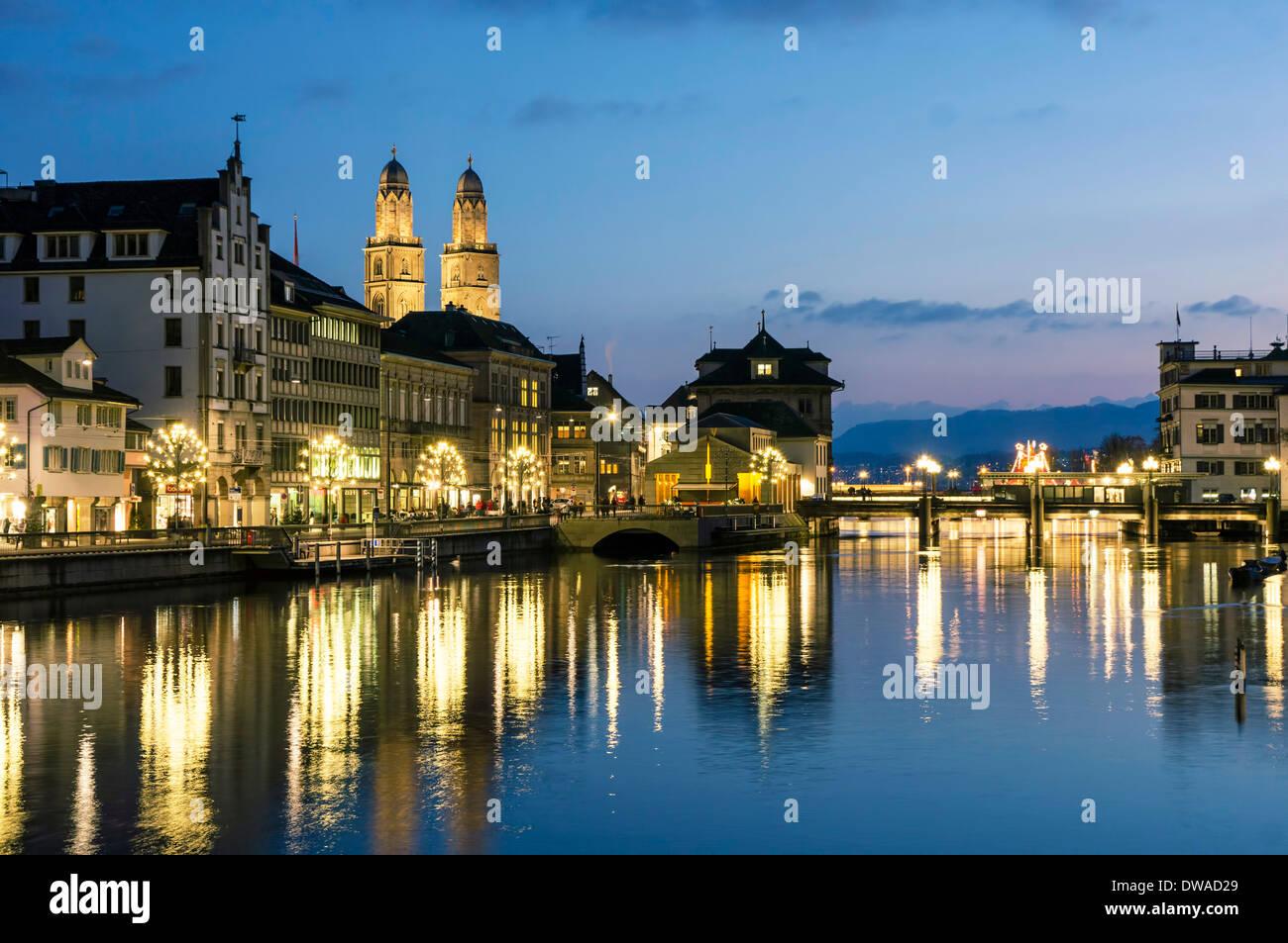 Grossmunster Limmatquai twilight, Switzerland Zurich - Stock Image