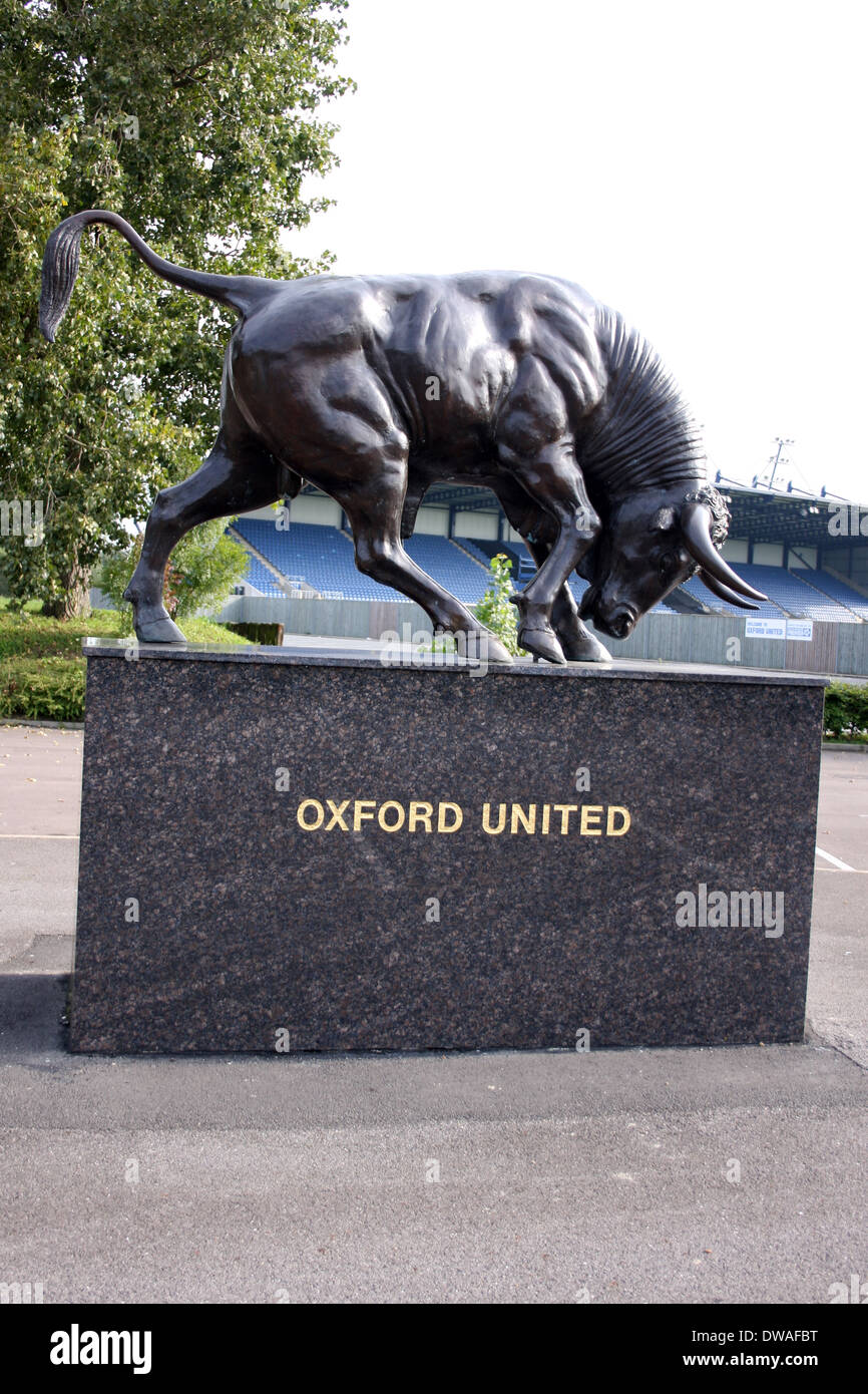 An Ox sculpture at the Kassam Stadium Home to Oxford United UK - Stock Image