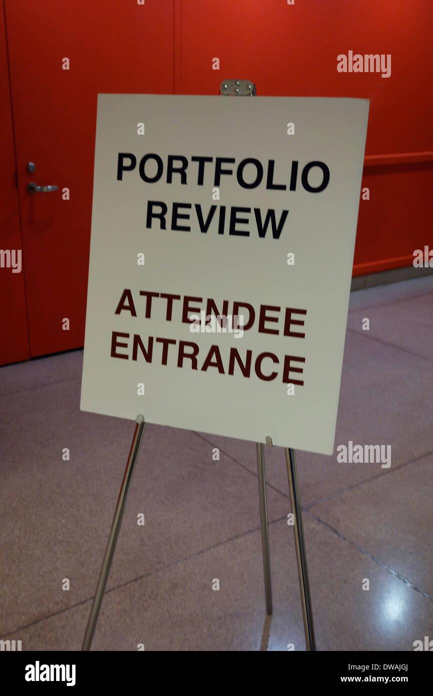 portfolio review sign Stock Photo