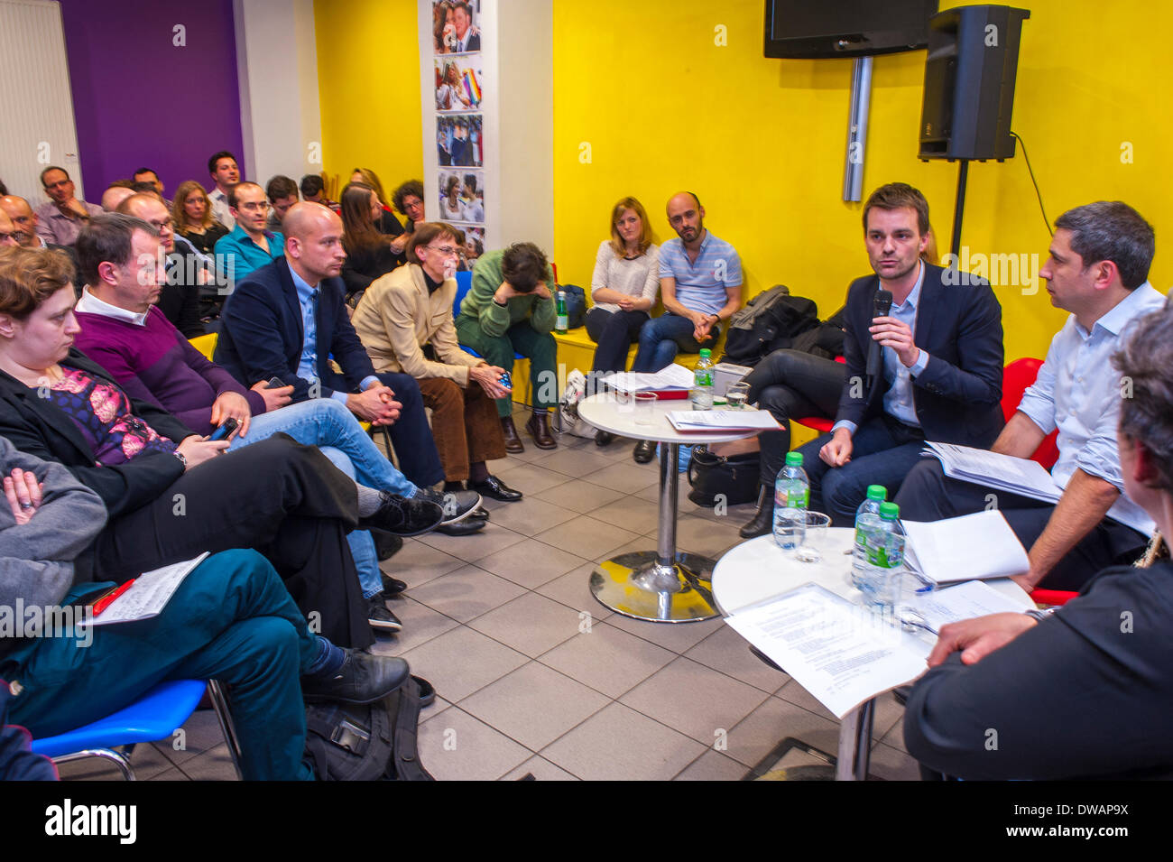 Paris, France. French People, Community Meeting, Centre LGBT Local Political candidates for the Mayor of Paris debate with representatives and members of its member associations, on two main issues:  What are their commitments for the rights of LGBT people and their allies? What steps will they take to fight against violence and discrimination against LGBT people in Paris. - Stock Image