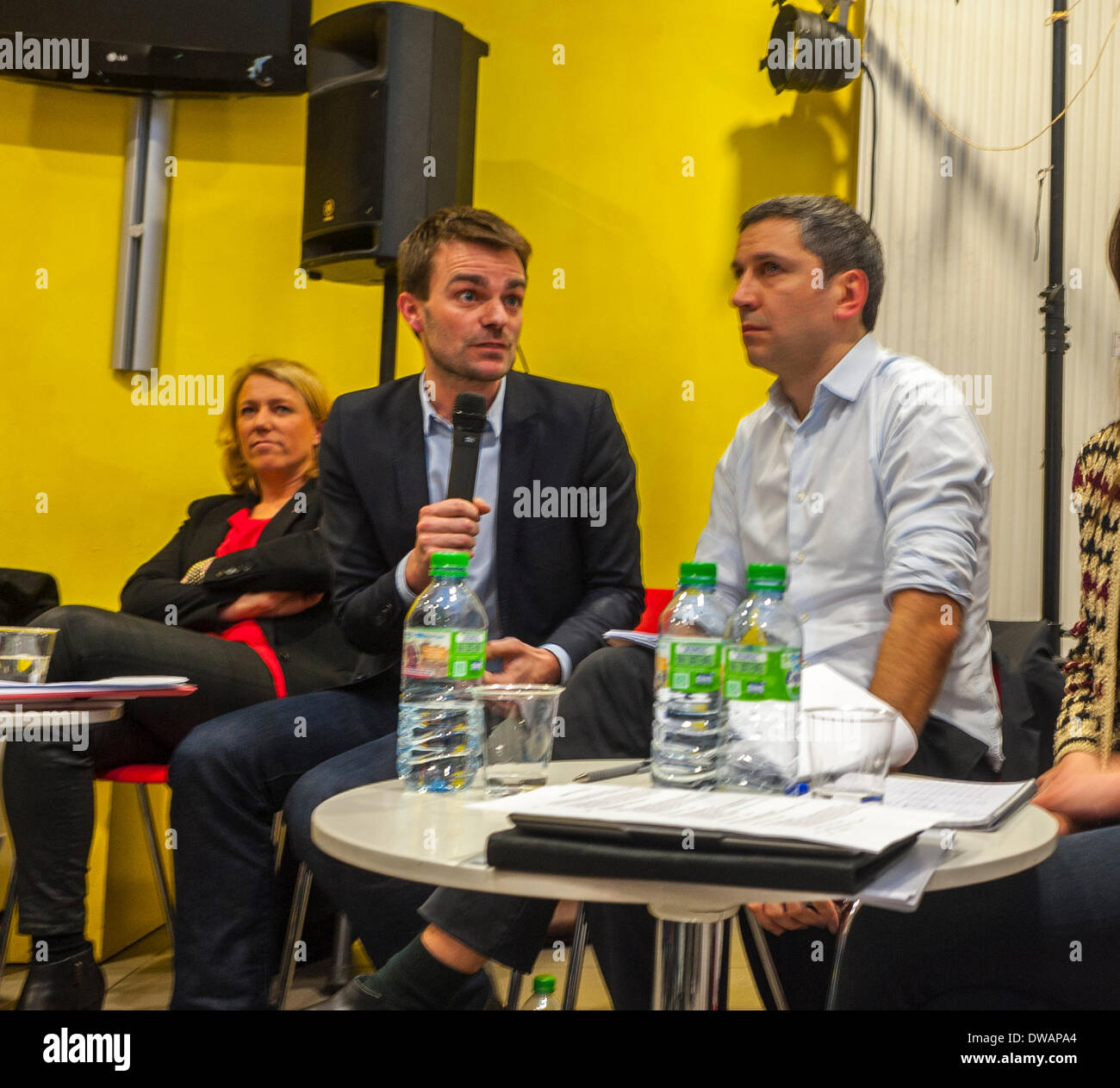 Paris, France. French  Centre LGBT invited  Local Political candidates for the Mayor of Paris to debate with representatives and members of its member associations, on two main issues:  What are their commitments for the rights of LGBT people and their allié.es? Community Meeting - Stock Image