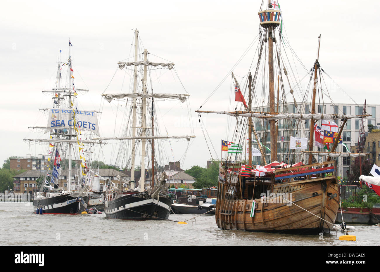 1996 replica of MATTHEW that sailed 500 years ago to the coast of Newfoundland in the Parade of Sail on the Thames Stock Photo