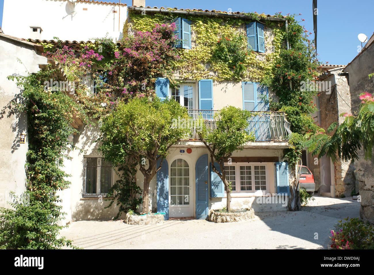 france french pretty house village le plan de la tour stock photo 67290234 alamy. Black Bedroom Furniture Sets. Home Design Ideas