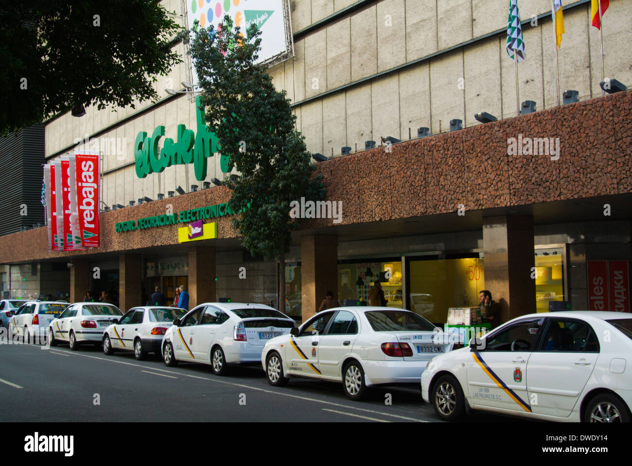 Shopping in canary islands stock photos shopping in canary islands stock images alamy - El corte ingles stores ...