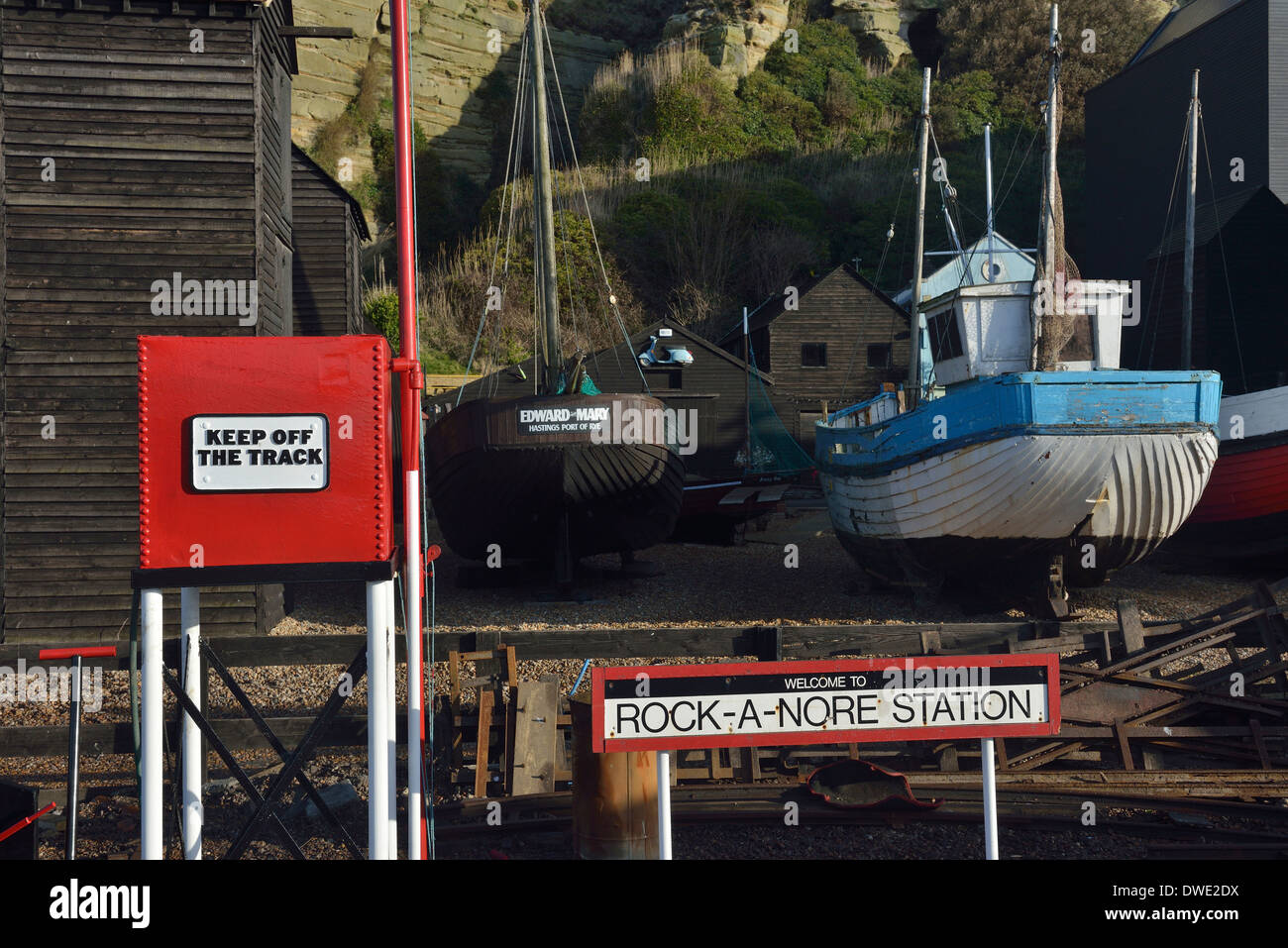 Rock-a-nore miniature railway station, fishing net huts and boats. Hastings - Stock Image