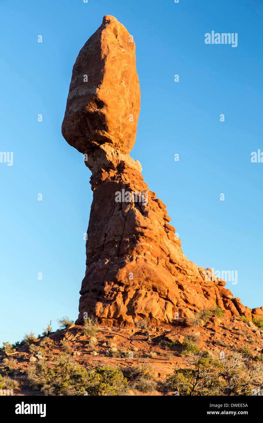 Balanced Rock, Arches National Park, Moab, Utah USA - Stock Image