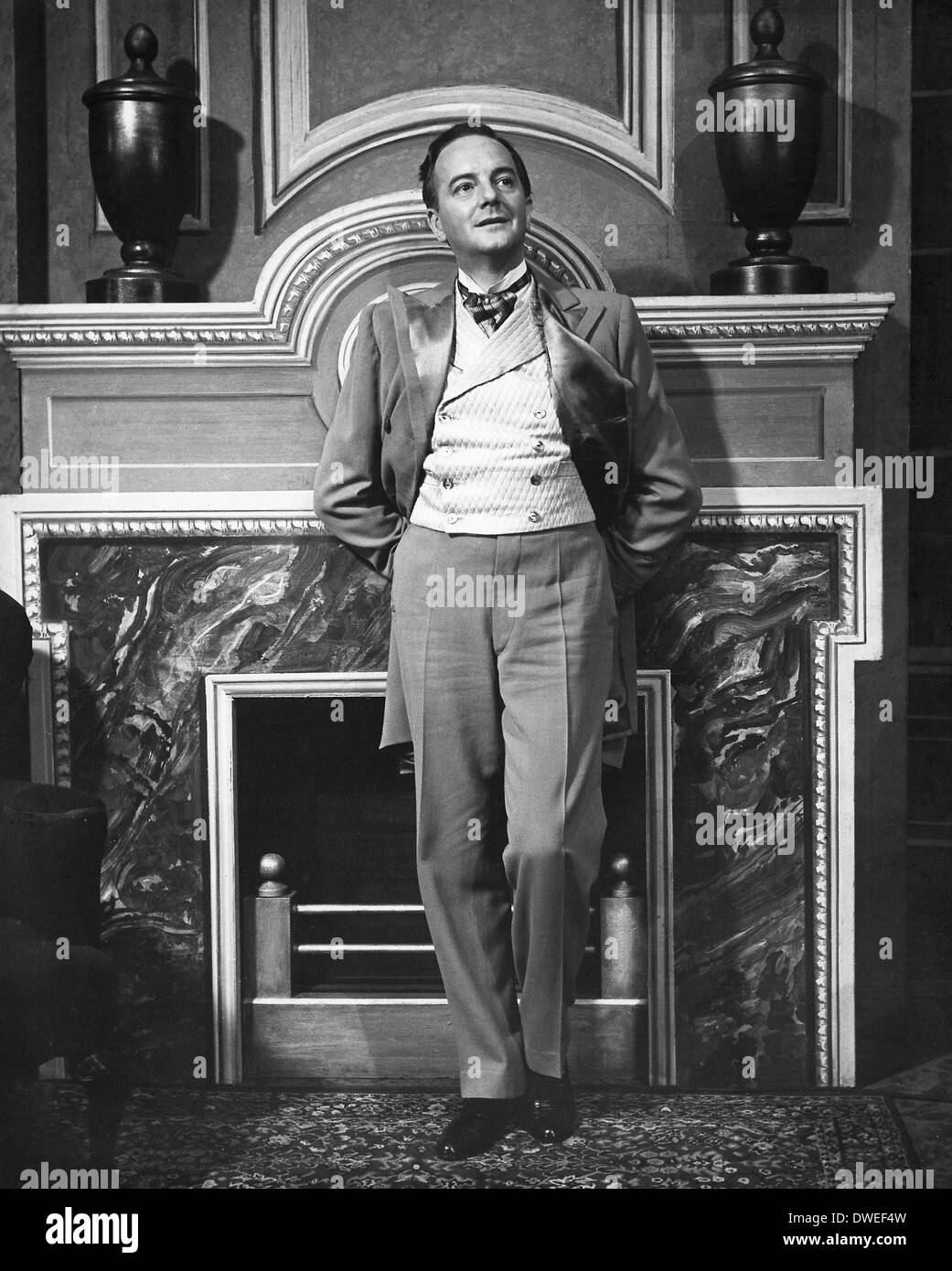 Maurice Evans, on-set of the Broadway Play, 'Man and Superman', circa 1940's - Stock Image