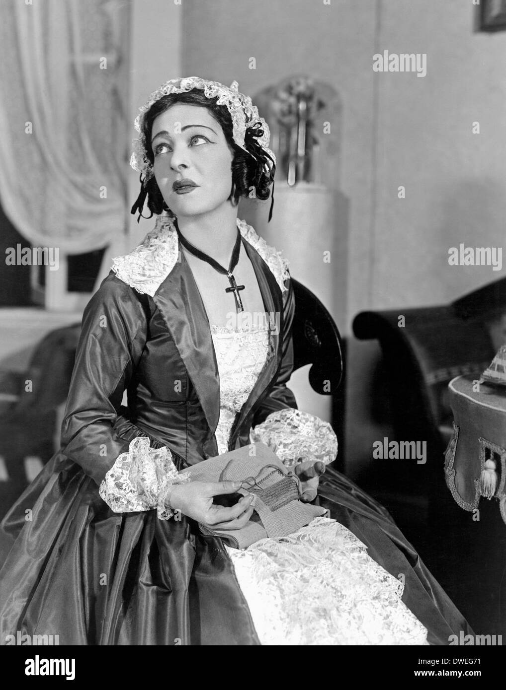 Alla Nazimova nudes (91 pictures) Leaked, Twitter, cleavage