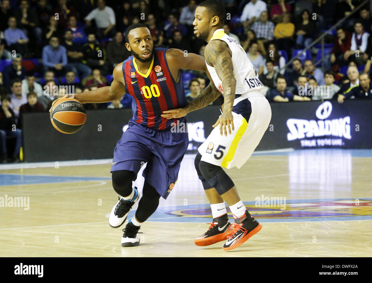 Barcelona, Spain. 6th Mar, 2014. BARCELONA, March 06. Jacob Pullen and Pierre Jackson in the match between FC Barcelona and Fenerbahce, for week 9 of the Euroleague Top 16 basketball match at the Palau Blaugrana on March 6, 2014. Photo: Aline Delfim/Urbanandsport/Nurphoto. Credit:  Joan Valls/NurPhoto/ZUMAPRESS.com/Alamy Live News - Stock Image
