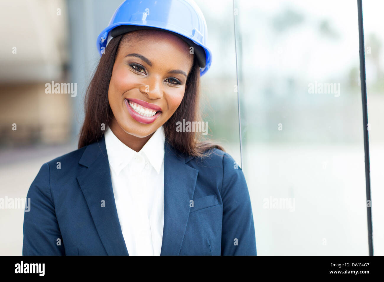 Construction worker women in interracial action
