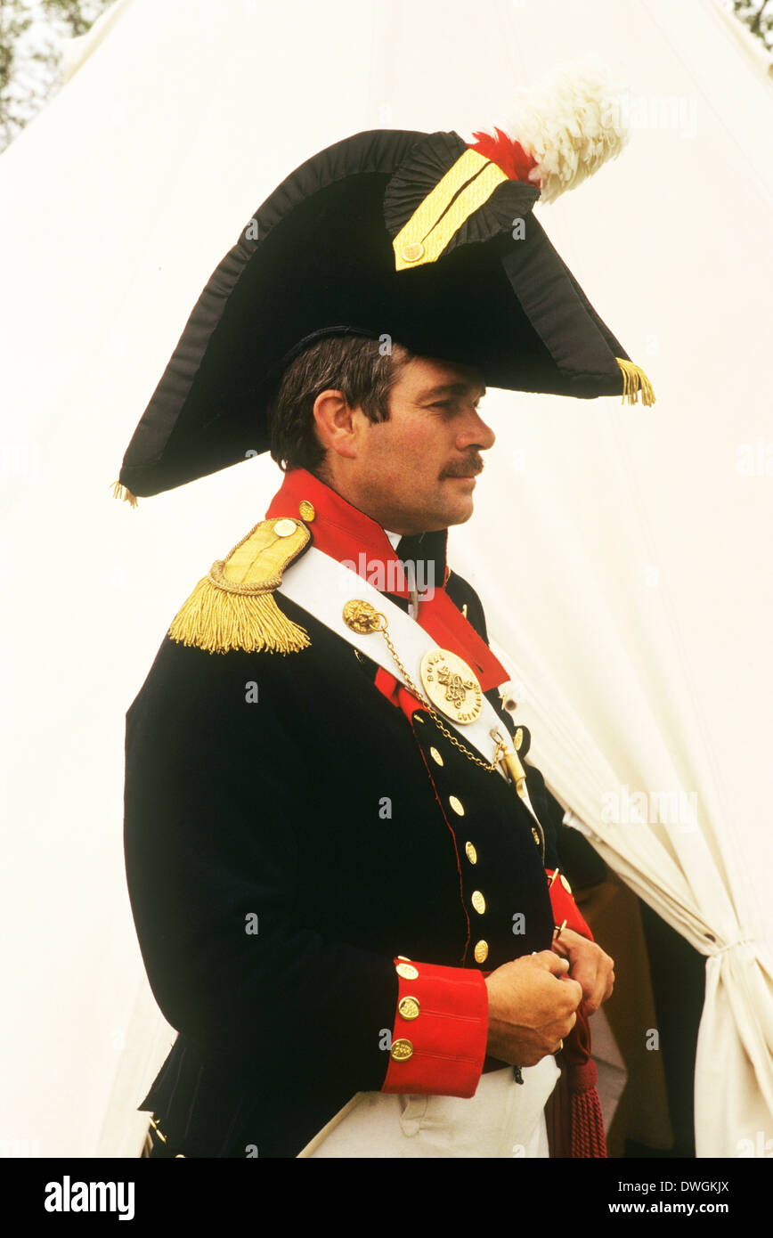 British Royal Artillery Officer, 1815, as deployed at the battle of Waterloo, historical re-enactment English army soldier soldiers uniform uniforms officers England UK - Stock Image