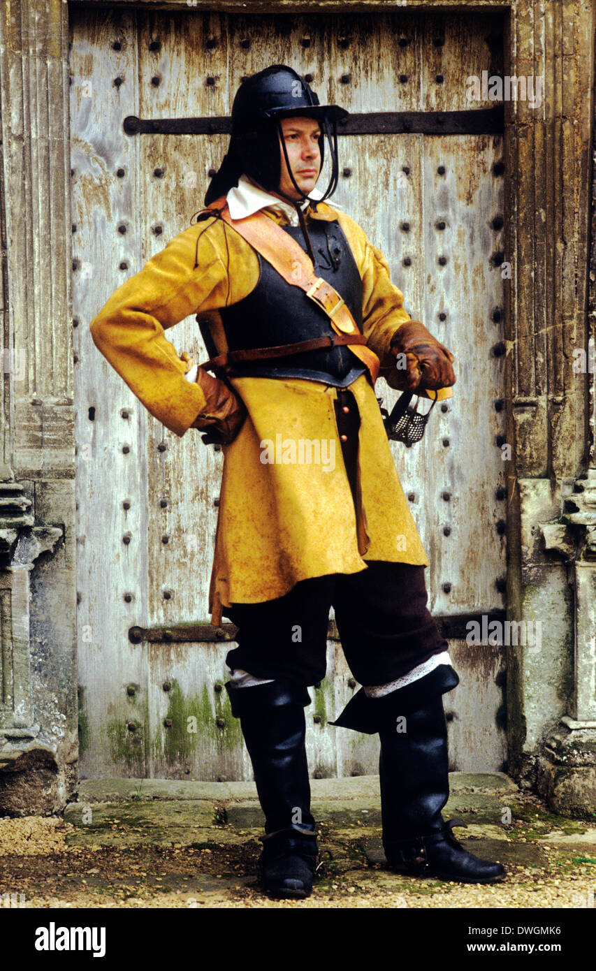 English Civil War, Cromwellian cavalryman, 17th century, historical re-enactment soldier soldiers army cavalry uniform uniforms England UK Oliver Cromwell - Stock Image