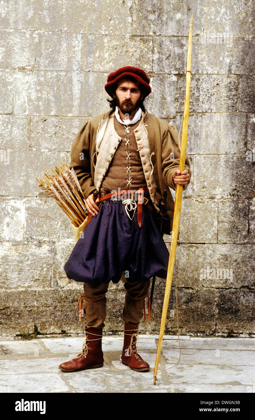 English Tudor Period archer, 16th century, historical re-enactment, bowman bow arrows fashion costume fashions - Stock Image