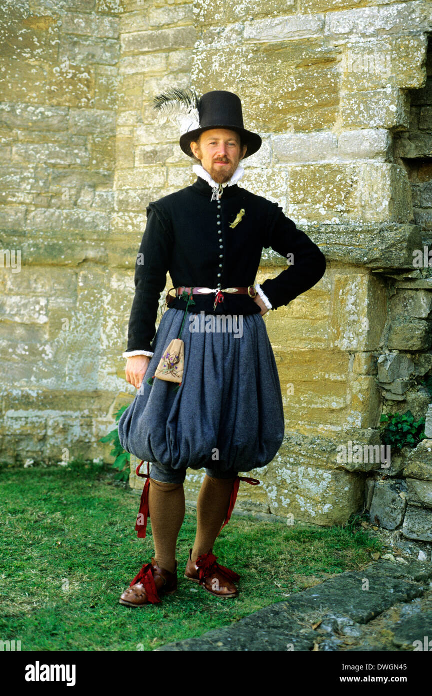 English Tudor Period gentleman gentry costume fashion fashions, late 16th century, historical re-enactment - Stock Image