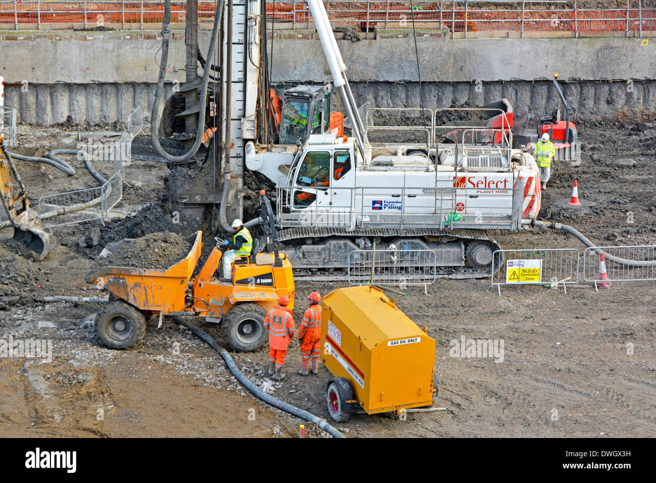 Foundation Piling Work Stock Photos & Foundation Piling Work Stock