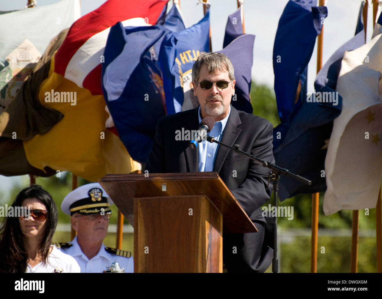 Capt. Richard Phillips, former Captain of the container ship MV Maersk Alabama, thanks SEAL team members for his - Stock Image